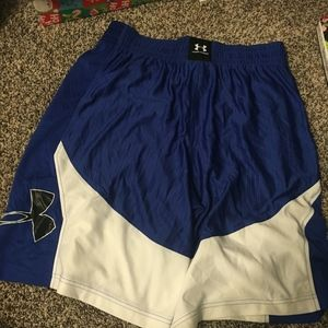 """Mens Under Armour 10"""" Shorts"""